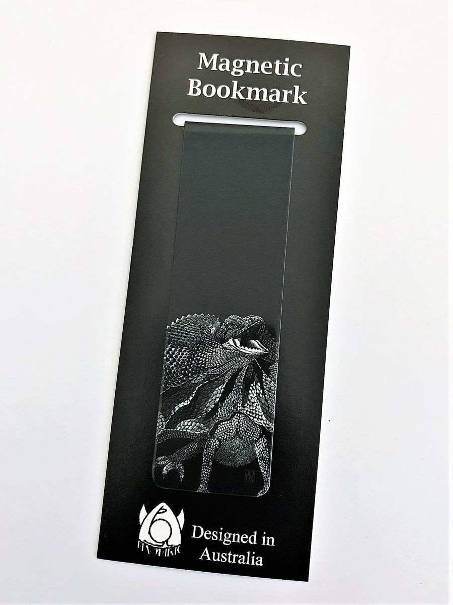Never lose your page again with this Frill-necked lizard magnetic bookmark