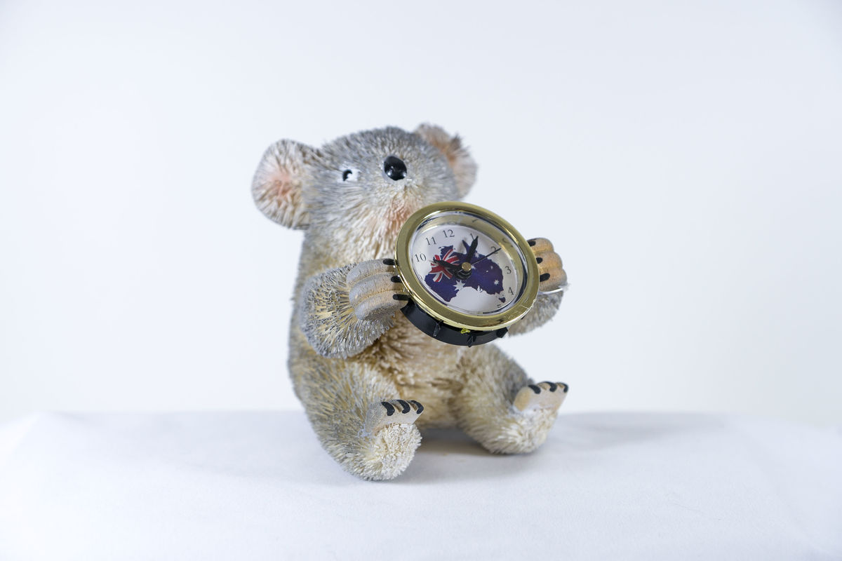 Beautifully hand crafted, hand painted and hand made Aussie Koala Clock, batteries include