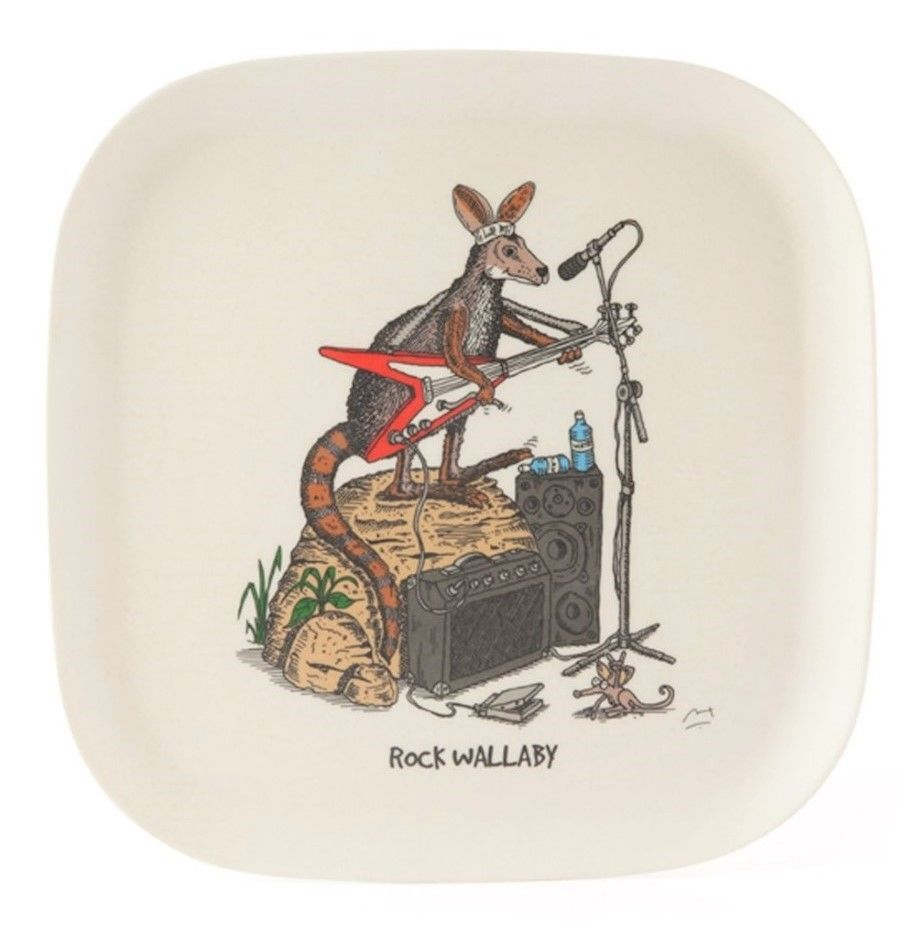 This eco-bamboo fibre tray features whimsical illustration of rock wallaby. This eco-bambo