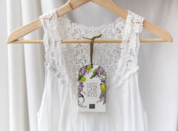 Freshen your clothes the sweet scents of Australia with this Lavender and Lime Aroma Bloq