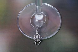 Silver Spider Wine Glass Charm - The Land Down Under